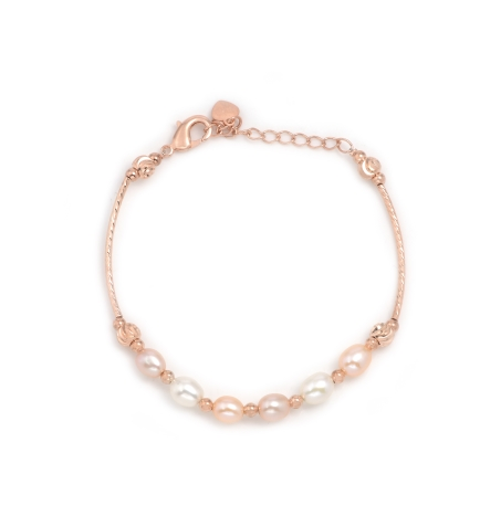 Multicolor Pearls Bracelet crafted in alloy